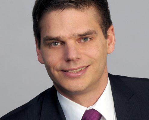 Dr. Alexander Bissels